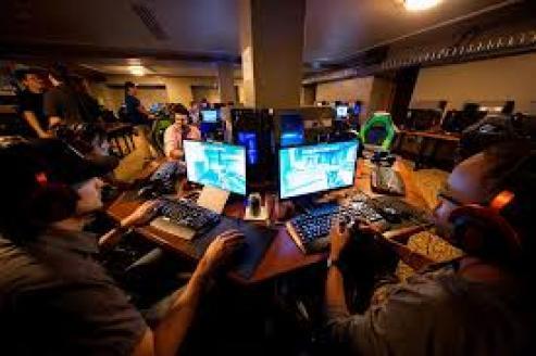 gamers, Gaming, Tan Grande y Jugando